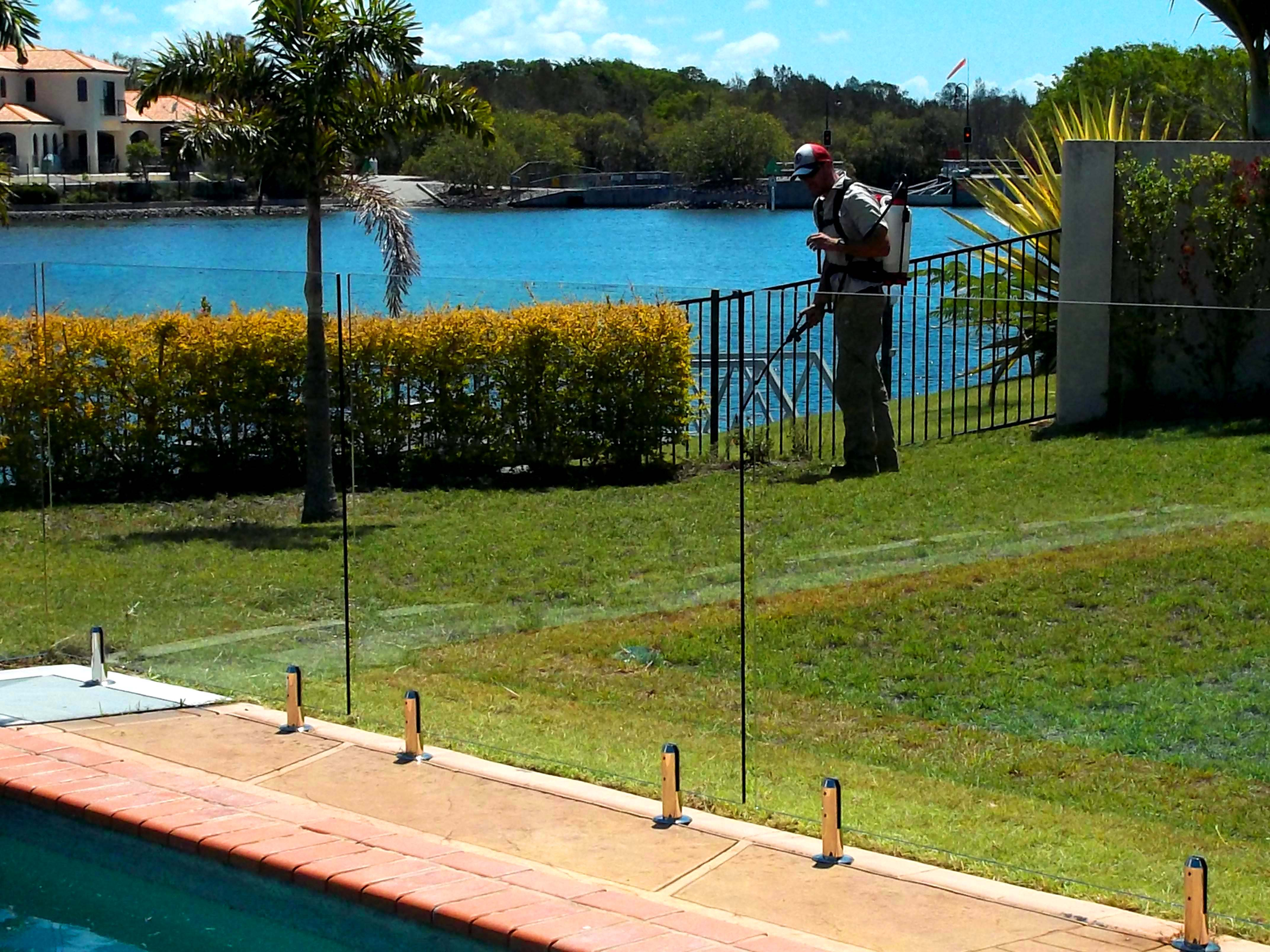 Preferred services house cleaning gold coast bond cleaning for Garden cleaning services